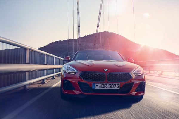BMW Z4 in rot frontansicht